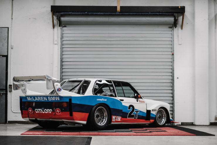 BMW 320i Turbo Rear
