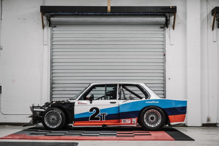 BMW 320i Turbo Side 2