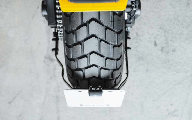 Custom Yamaha XSR700 Rear Tire