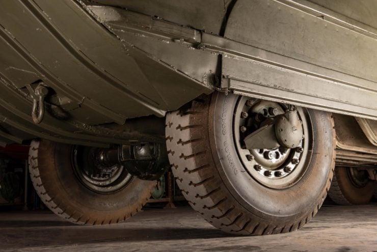 DUKW 6x6 Amphibious Utility Vehicle Wheels