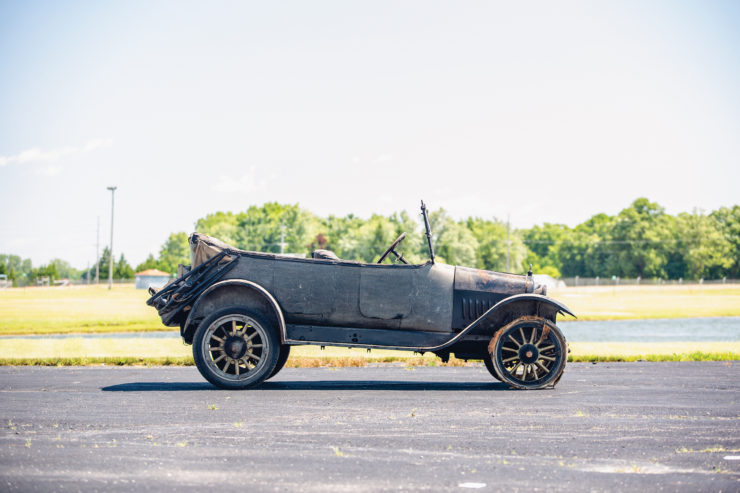 Harroun Model A-1 Touring Side