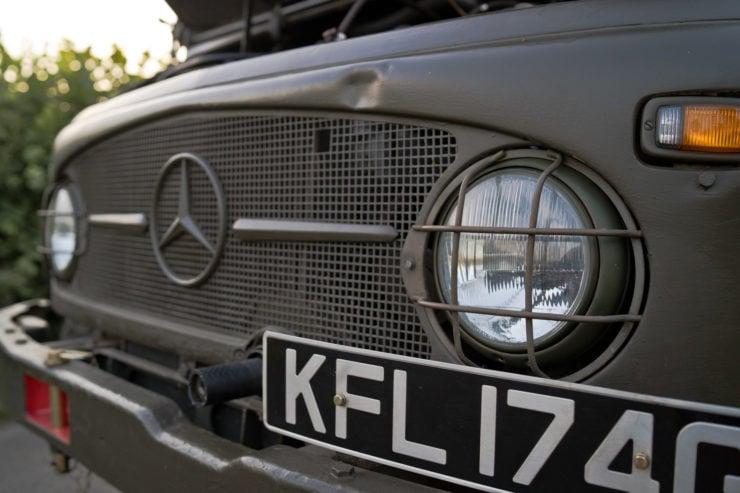 Mercedes-Benz Unimog 404 Headlights
