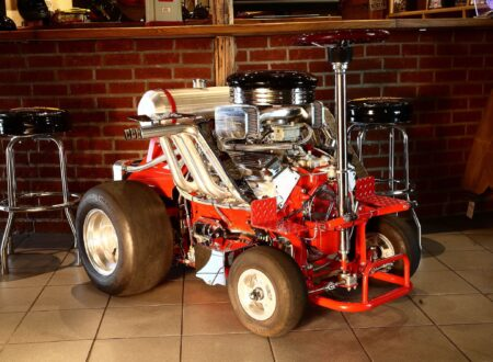 The Hoss Fly - A Chevrolet V8-Powered Bar Stool