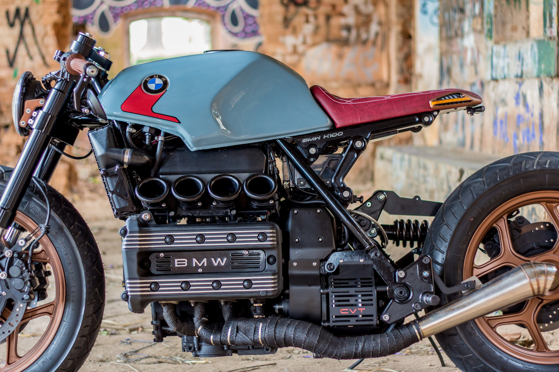 A Brazilian Bmw K100 Cafe Racer With A Cvt Transmission For Disabled Riders