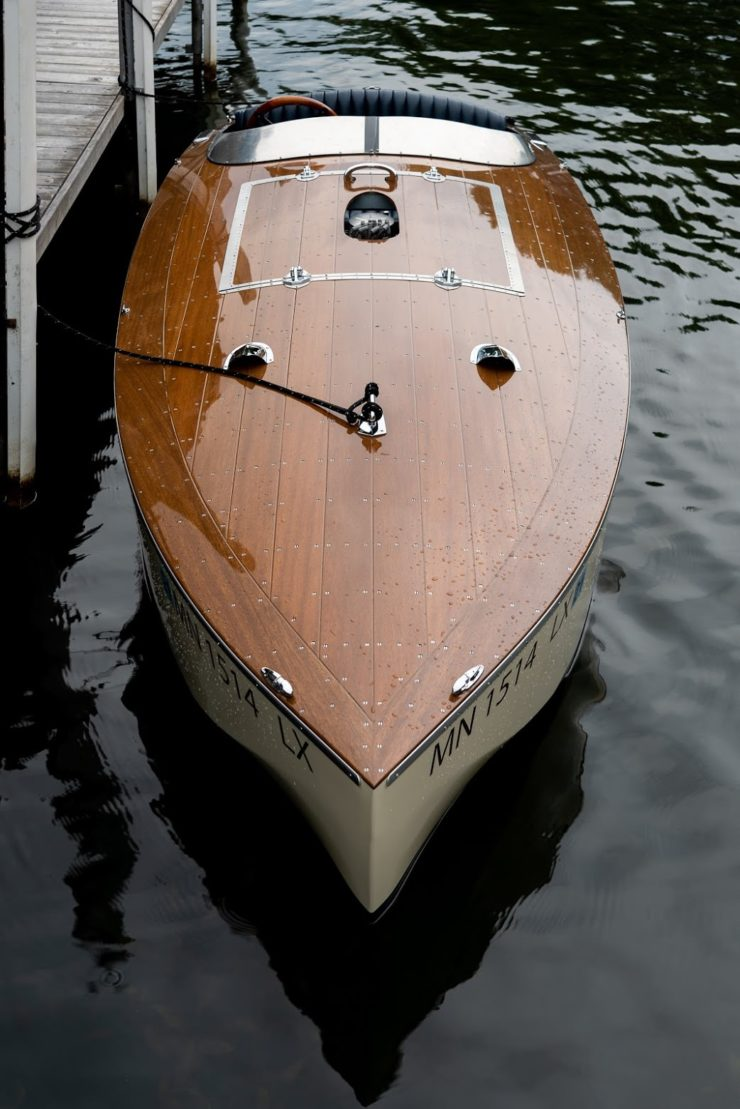 Bugbite – A 1935 Mahogany Speedboat Design Re-Enters Production