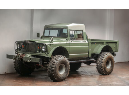 Custom Kaiser Jeep M715 Pickup Truck