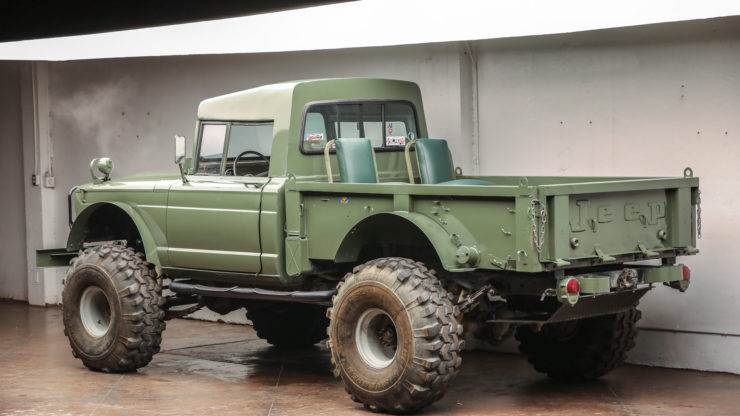 Custom Kaiser Jeep M715 Pickup Truck Rear