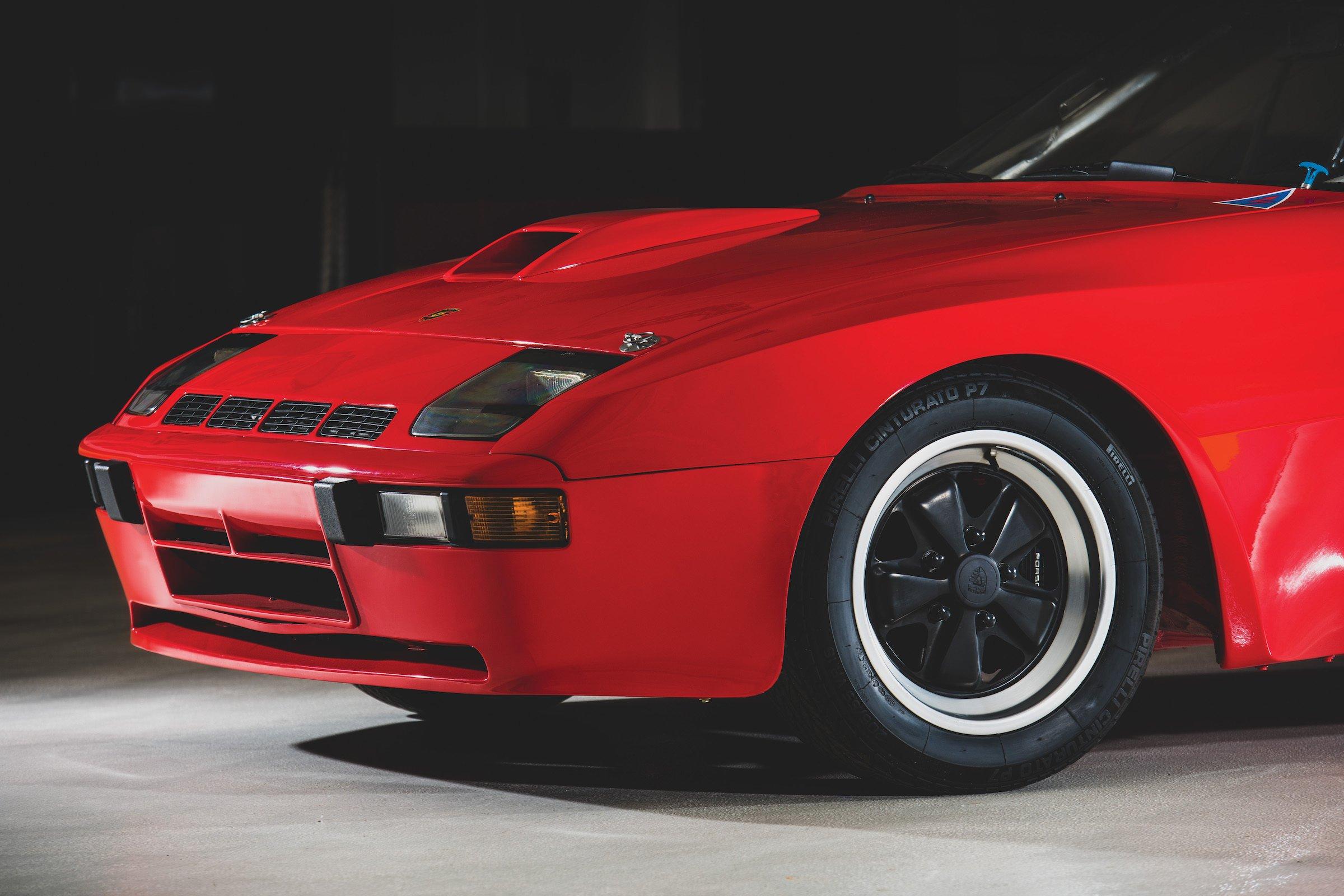 Porsche 924 Carrera GTS Clubsport Front