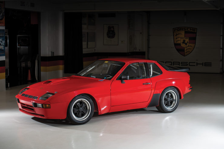 Porsche 924 Carrera GTS Clubsport Side