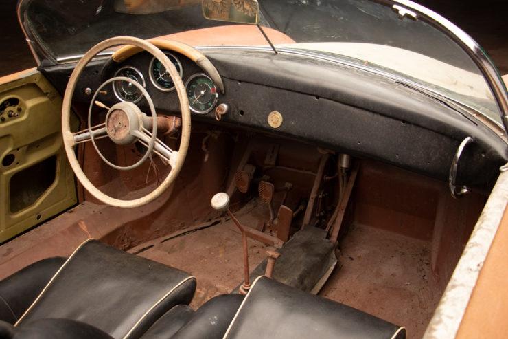 Porsche Speedster Interior 2