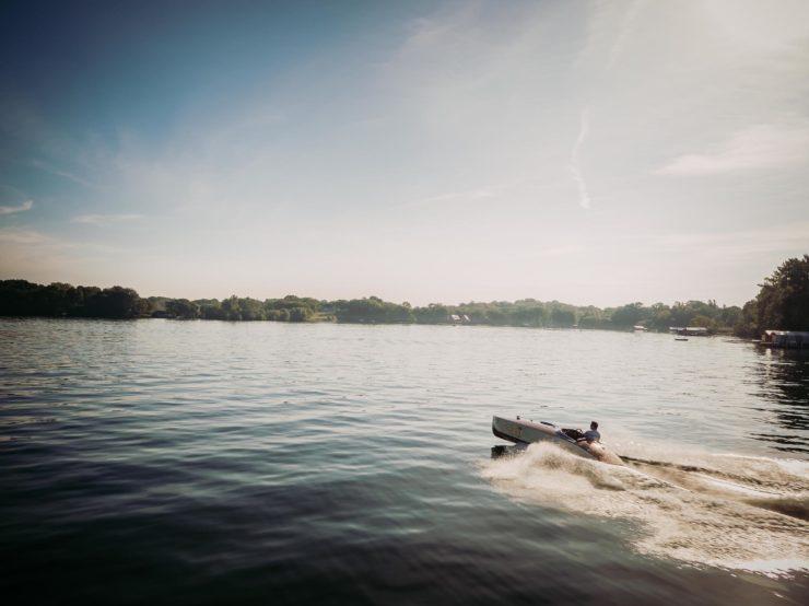 Wooden Mahogany Runabout Boat 2