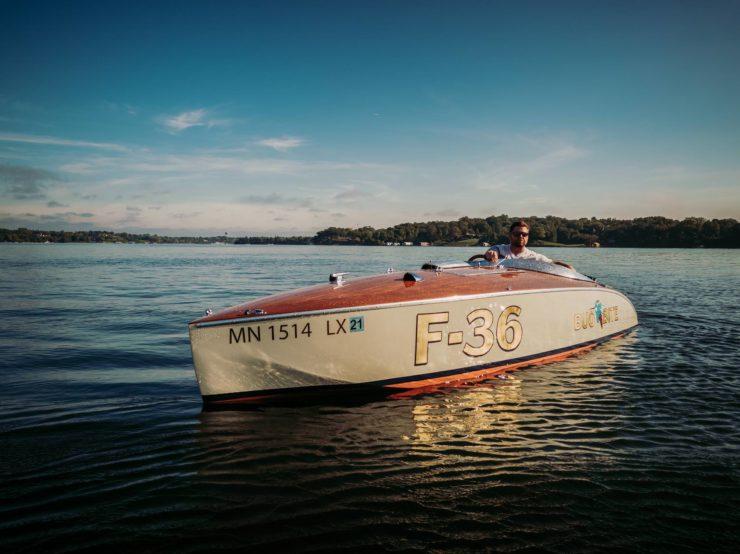 Wooden Mahogany Runabout Boat 3