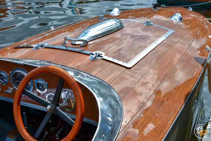 Wooden Mahogany Runabout Boat 6