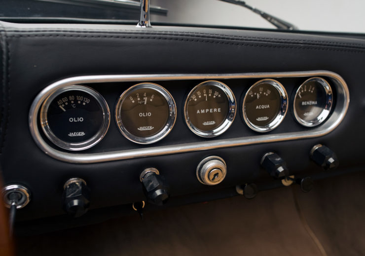 Apollo 3500 GT Spider Gauges 2