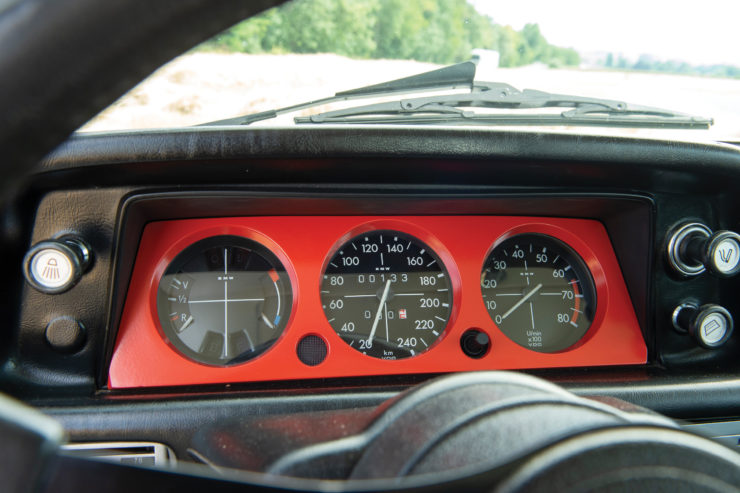 BMW 2002 Turbo Dashboard
