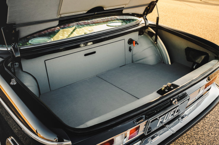 Custom BMW E9 Trunk