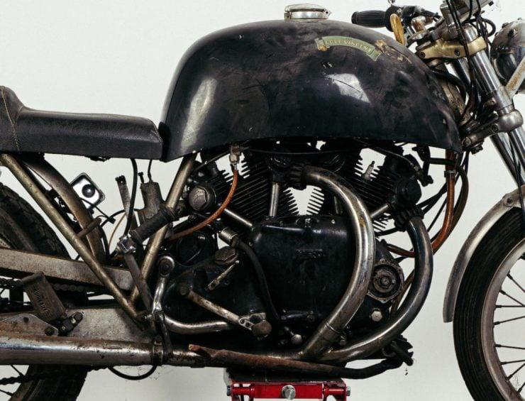 Egli-Vincent Black Shadow Engine