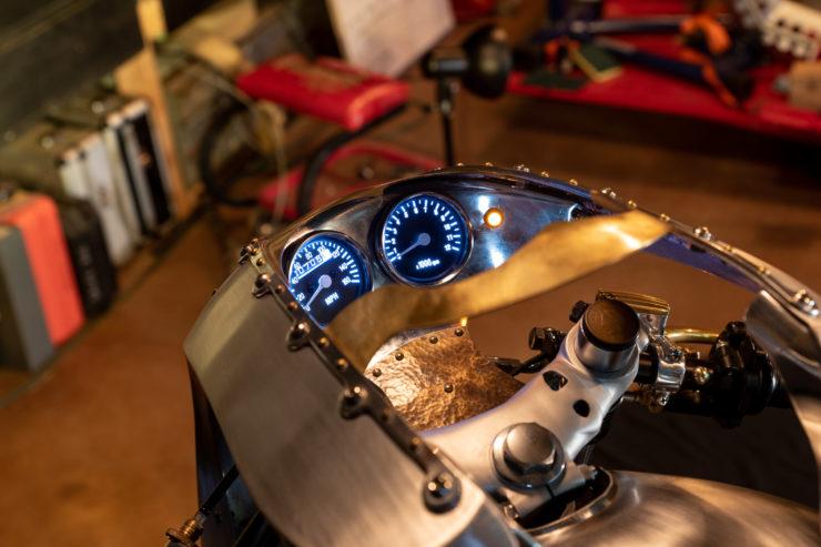 Kawasaki KZ650 Custom Dash 4