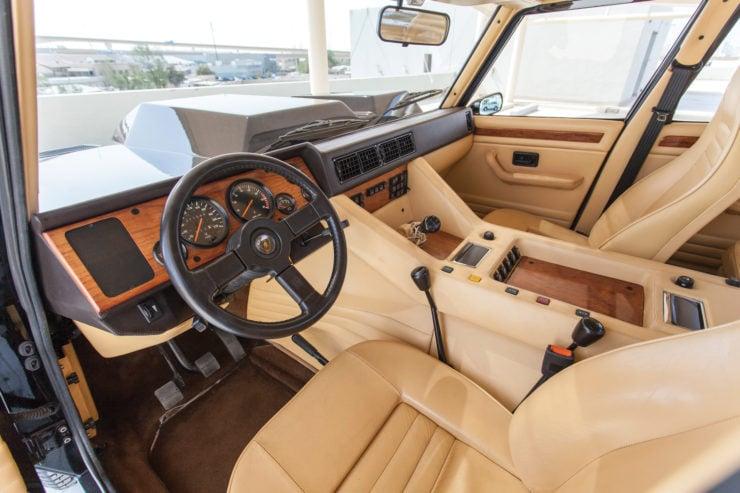 Lamborghini LM002 Interior