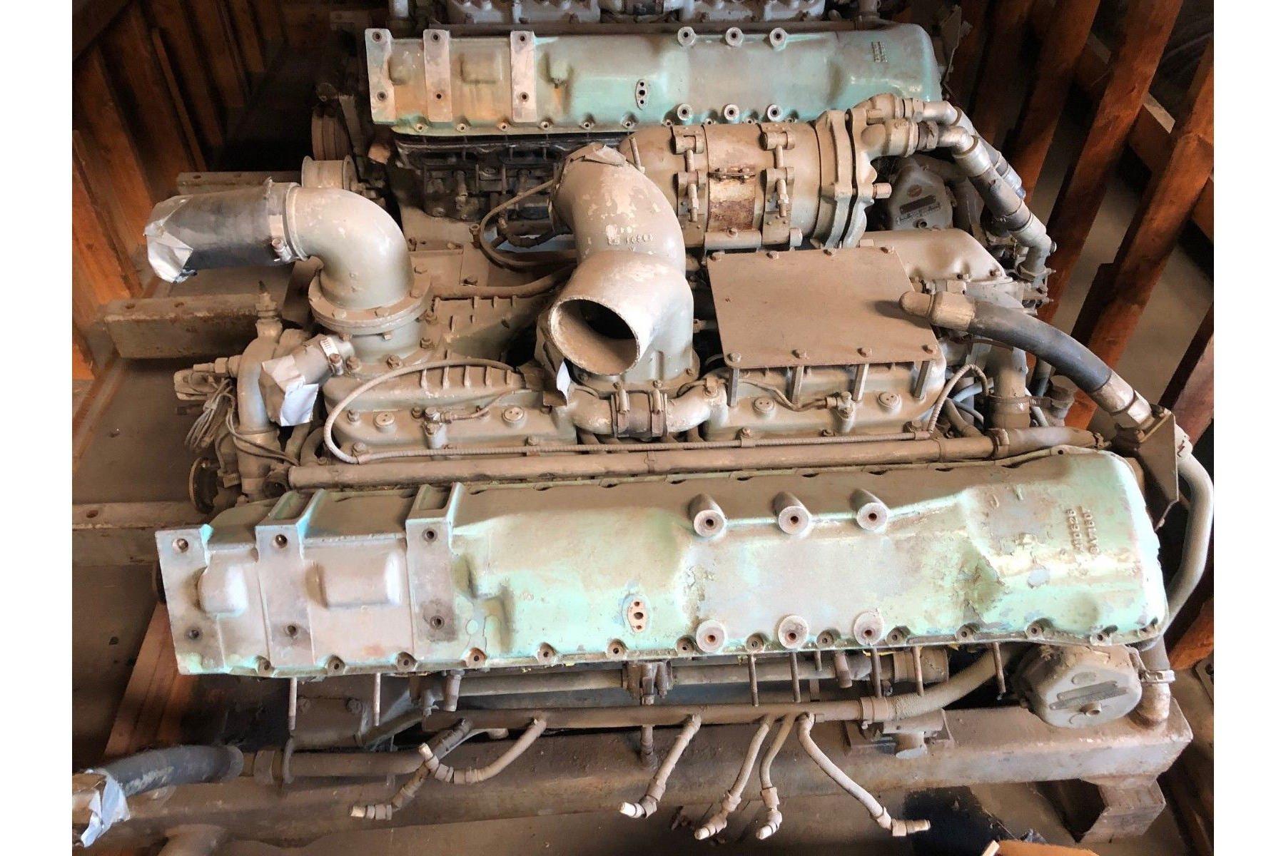 Rolls-Royce V12 Meteor Tank Engine Heads