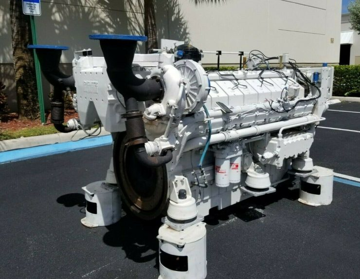 Twin-TurboDeutz V16 Marine Diesel Engine 1