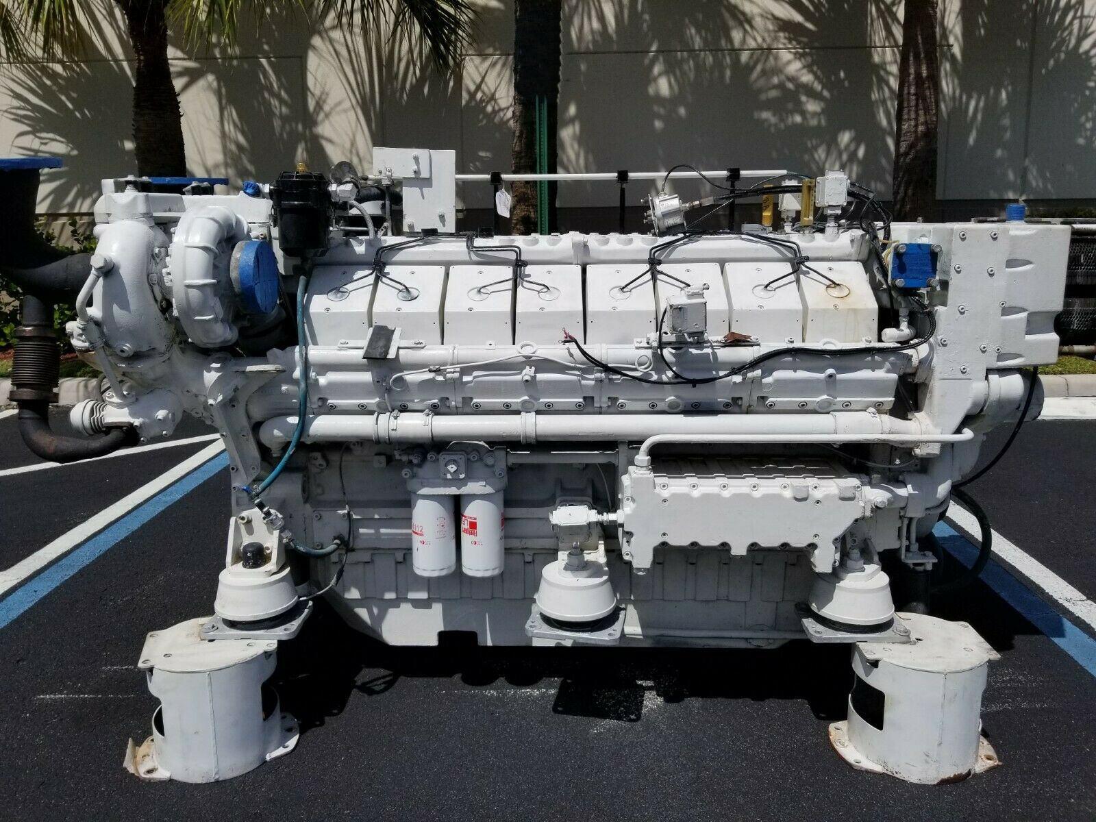 Twin-TurboDeutz V16 Marine Diesel Engine