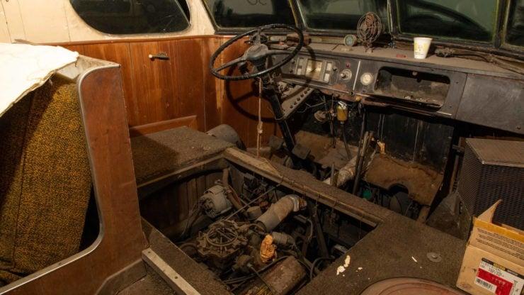 Western Clipper Motorhome Interior