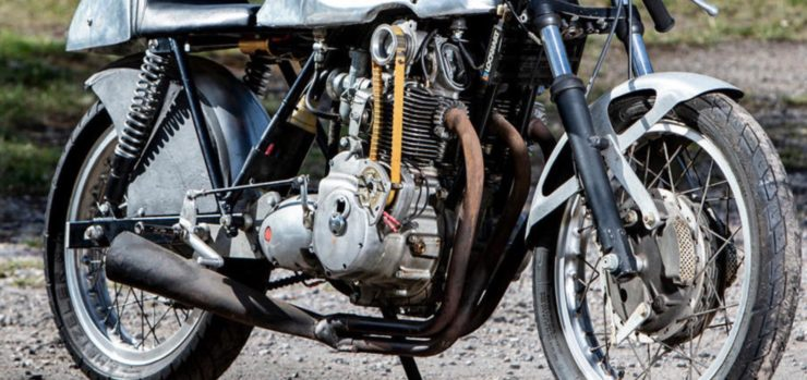 custom triumph motorbike engine
