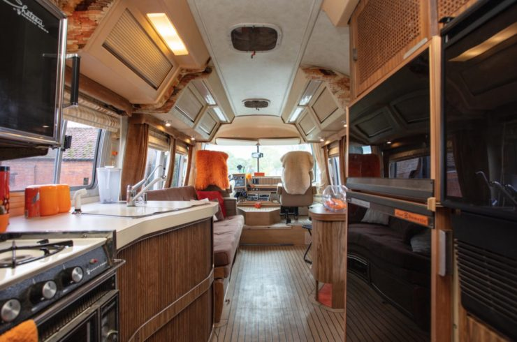 Airstream Excella 280 Motorhome Interior 2