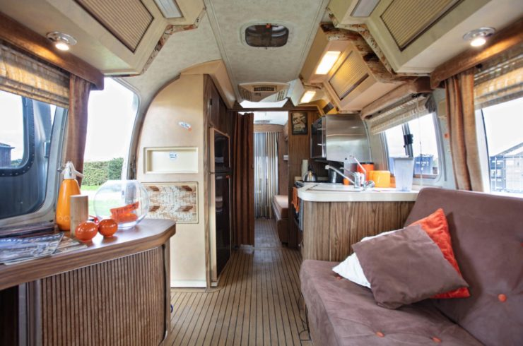 Airstream Excella 280 Motorhome Interior 3
