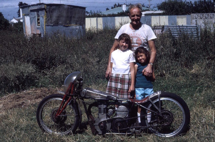Burt Munro And Grandchildren