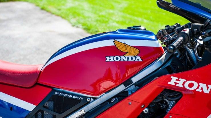 Honda VF1000R 10