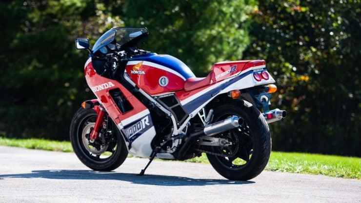 Honda VF1000R 4