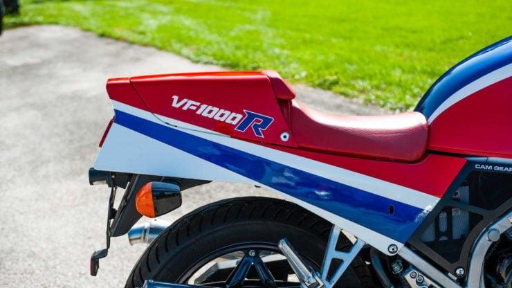 Honda VF1000R 8
