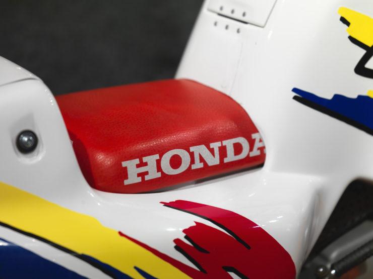 Honda Z50 Monkey Baja Africa Seat 2