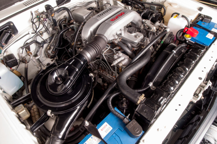 Toyota Land Cruiser J60 HT12 Engine