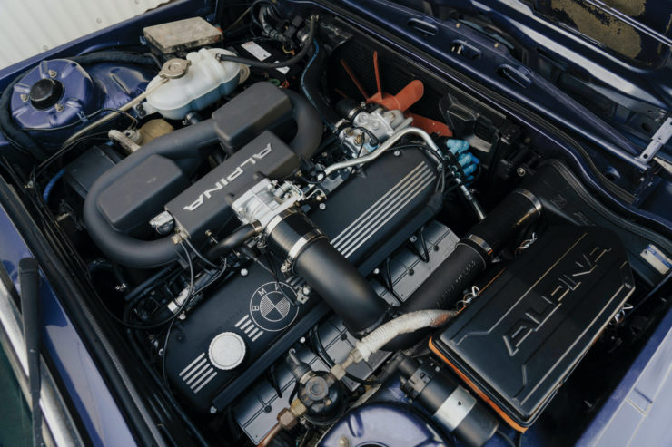 BMW Alpina B7 S Turbo Engine
