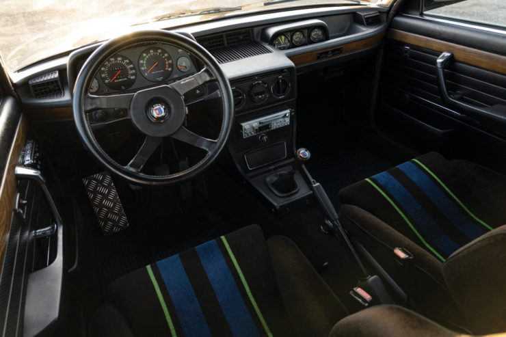 BMW Alpina B7 S Turbo Interior