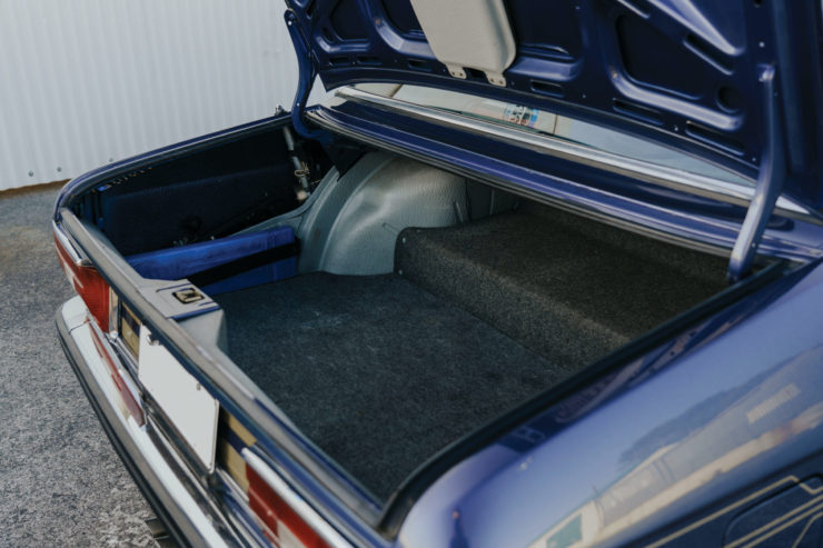 BMW Alpina B7 S Turbo Trunk
