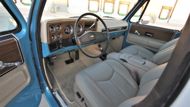 Chevrolet K5 Blazer Convertible Interior