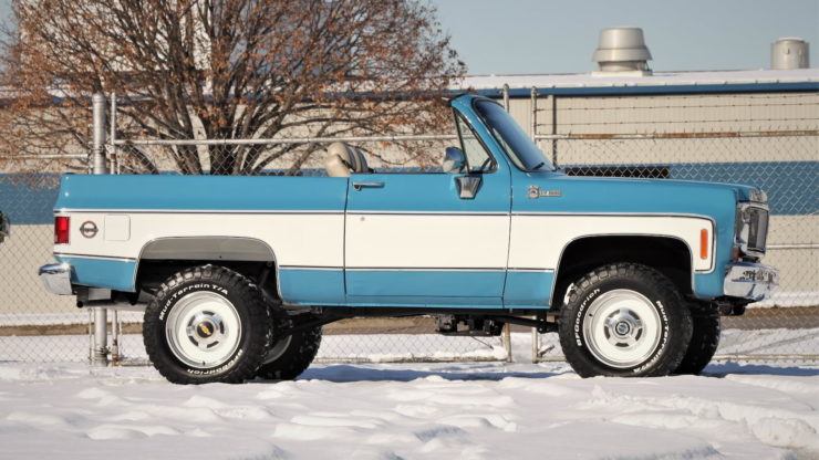 Chevrolet K5 Blazer Convertible Roof Off