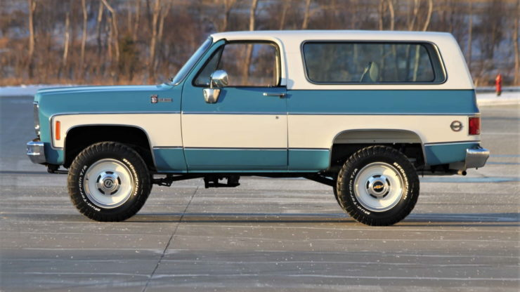 Chevrolet K5 Blazer Convertible Side