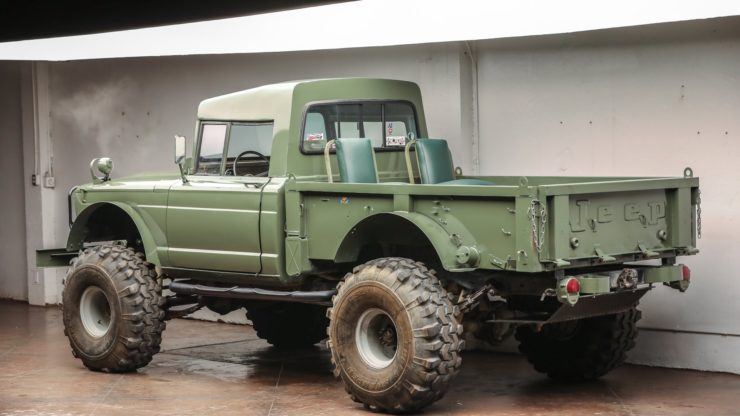 Custom-Kaiser-Jeep-M715-Pickup-Truck-Rear