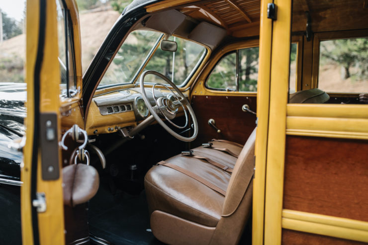 Ford Marmon-Herrington Super Deluxe 4x4 Interior