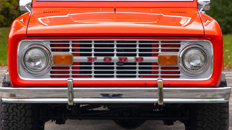 Holman Moody Ford Bronco Prototype - The Bronco Hunter Headlights