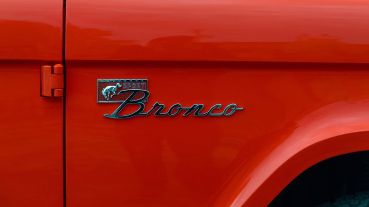 Holman Moody Ford Bronco Prototype - The Bronco Hunter Logo