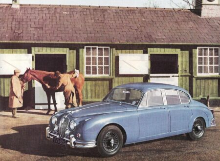 Jaguar Mark II Blue