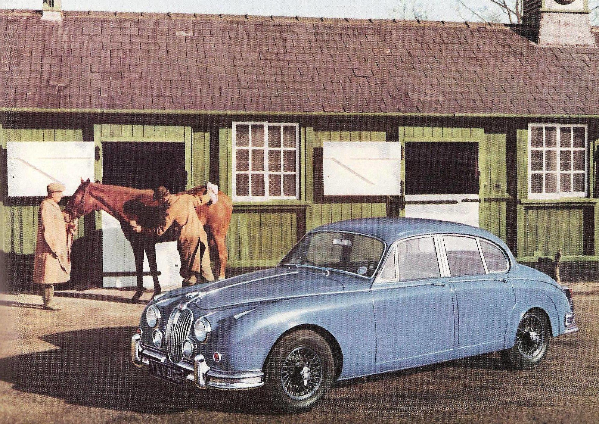 Jaguar Mark II Blue