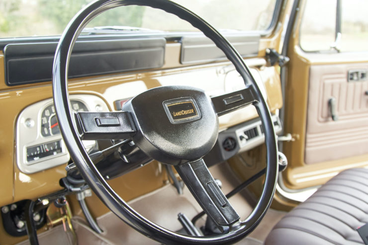 Toyota FJ40 Land Cruiser Soft-Top Steering Wheel