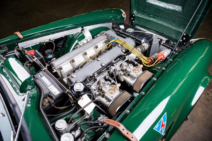 Triumph TRS Sabrina Engine